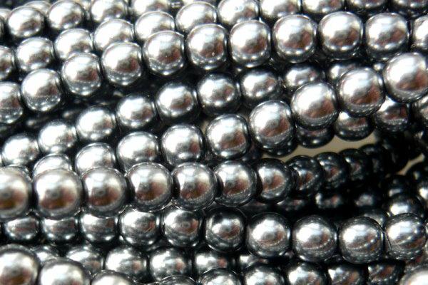 Glaswachsperlen 4mm Hematit, Strang mit ca. 120 St.